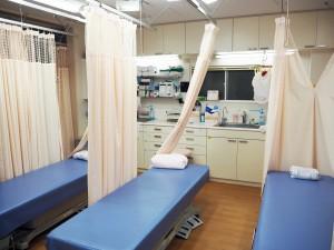 診察室ベッド